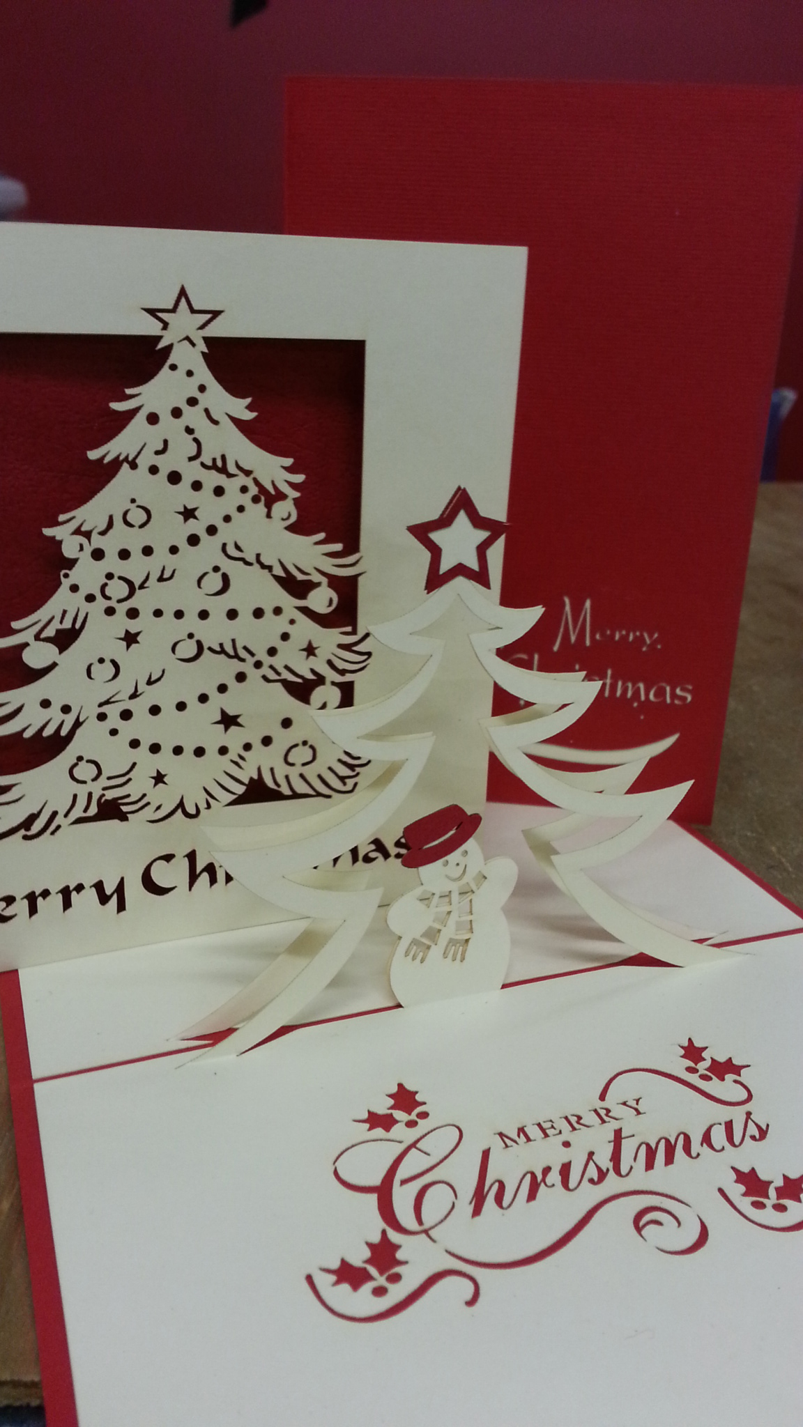 Pop Up Christmas Cards - Berries & Blooms